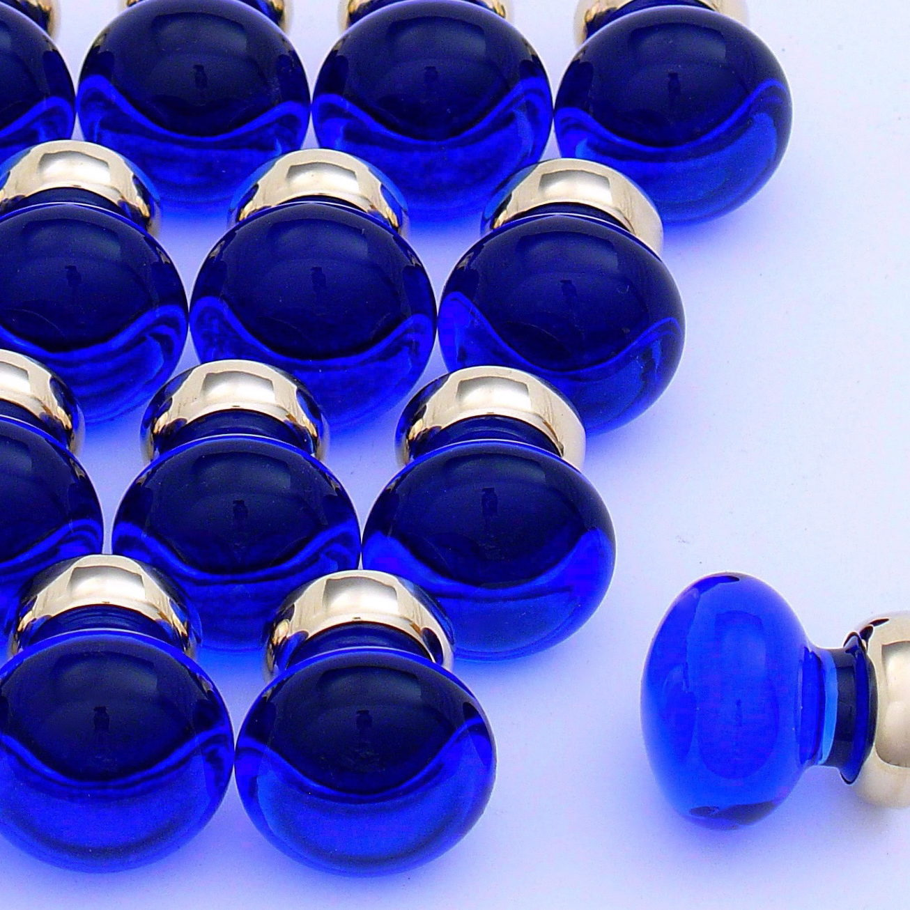 cobalt blue cupboard knobs